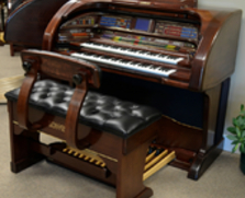 Lowrey SU600 Grand Royale Organ
