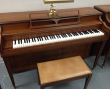 Hallet, Davis, & Co. Spinet Piano