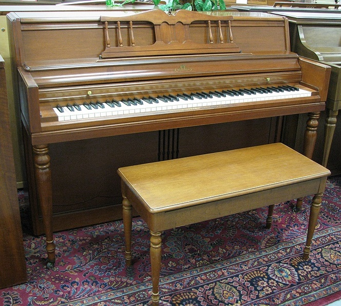 1968 Wurlitzer Cherry Console - Upright - Console Pianos