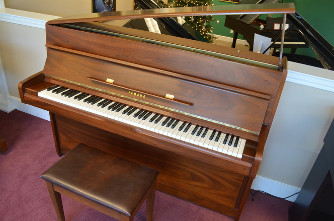 1979 Yamaha M1A Continental-style Console - Upright - Console Pianos
