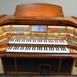 Lowrey Imperial organ, warm oak cabinet - Organ Pianos