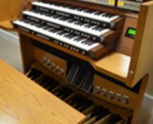 Rodgers Allegiant 688 3 manual organ