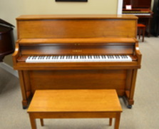 Yamaha P22 walnut