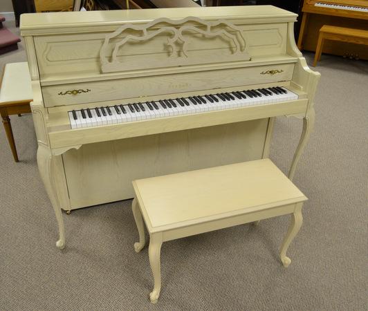 1994 yamaha m500 cv studio piano