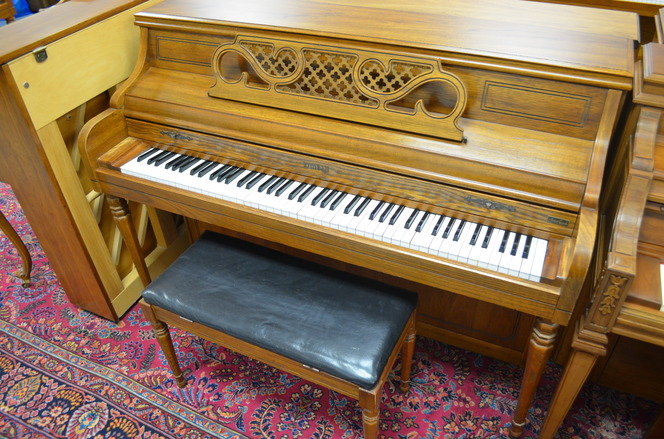 1977 Kimball Console Piano - Upright - Console Pianos