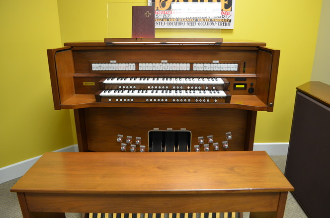 Model 805 Rodgers Organ For Sale Used Church Organs